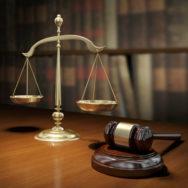 ВССУ: Отсутствие полного текста решения суда делает невозможным мотивацию апелляционной жалобы, поэтому присутствие стороны при оглашении неполного текста решения не является основанием для отказа в восстановлении срока обжалования