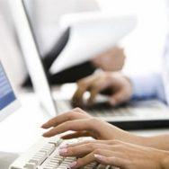 На сайте ПФЛ через регистрацию можно узнать свой стаж и пенсию