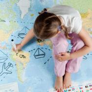 Подорож за кордон із неповнолітньою дитиною. Все, що потрібно знати про юридичне оформлення документів для подорожі за межі країни із дитиною.