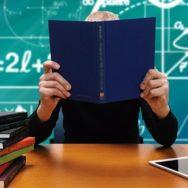 Нові правила для учителів: відтепер без паперової документації